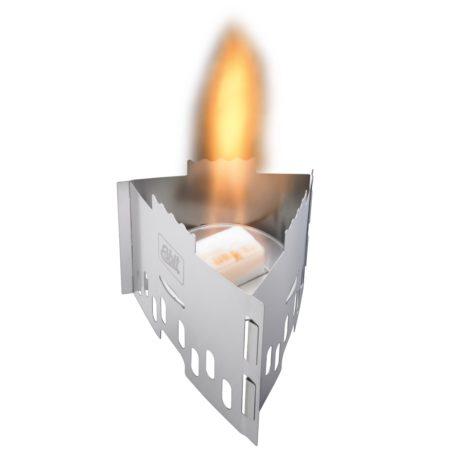 炎はイメージ合成です